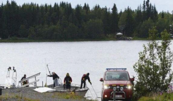 Plane crashes kill 7 in US UrduLight.com